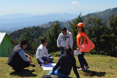 Grupo ASUA y Asadero Cien visitaron comunidad en Xico