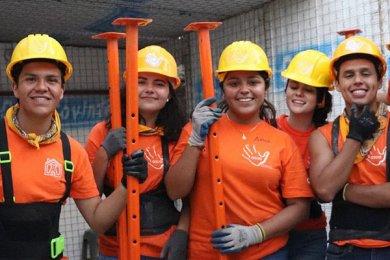 ASUA Construye entrega casas en San Antonio Alpanocan