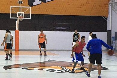 Este viernes se juega el clásico entre Universidades Anáhuac