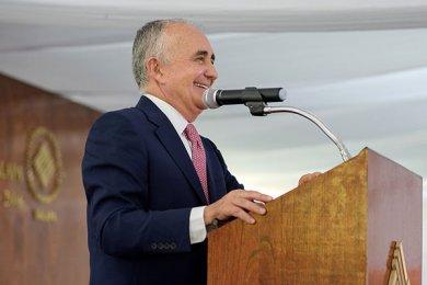 Pedro Ferriz de Con imparte conferencia en la Anáhuac Xalapa