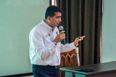 Director de la Aduana del Puerto de Veracruz imparte Conferencia
