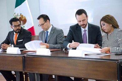Firma de convenio con la CEAPP