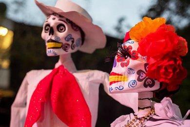Las Tradiciones Mexicanas se viven con Entusiasmo