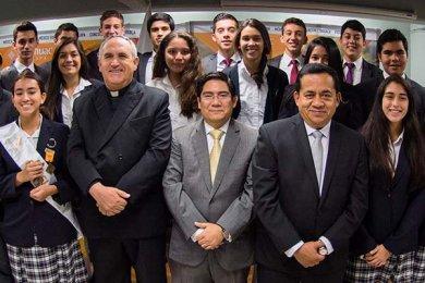 Ceremonia de Fin de Cursos y Premiación anual del Bachillerato Anáhuac Xalapa