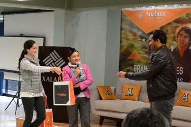 El cineasta Adolfo Franco presentó la campaña MePrendo.TV