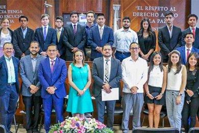 Alumnos de Primer Semestre de Derecho visitan el Tribunal Electoral de Veracruz