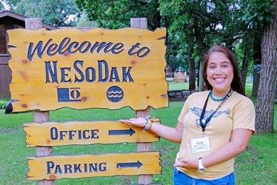 Alumna de Entretenimiento en el Programa de Campamentos
