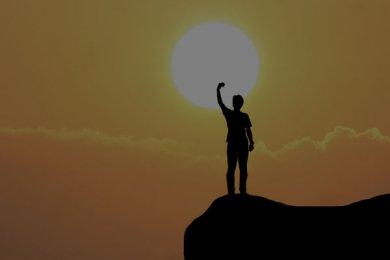 SÍSIFO ¿En la Cima de la Felicidad?