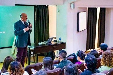 Dr. Pedro Pablo Gutiérrez en el Consejo de Mercadotecnia