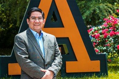 Nuestro Director Académico se Integra al Claustro Doctoral de la Universidad Anáhuac